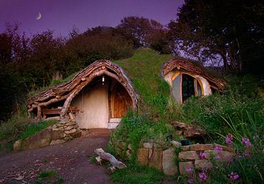 Underground woodland home by Simon & Jasmine Dale.